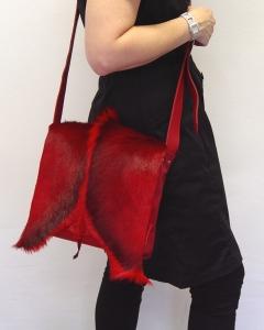Springbockfell Tasche Postbag Rot